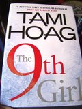 9th Girl (Large Print), The
